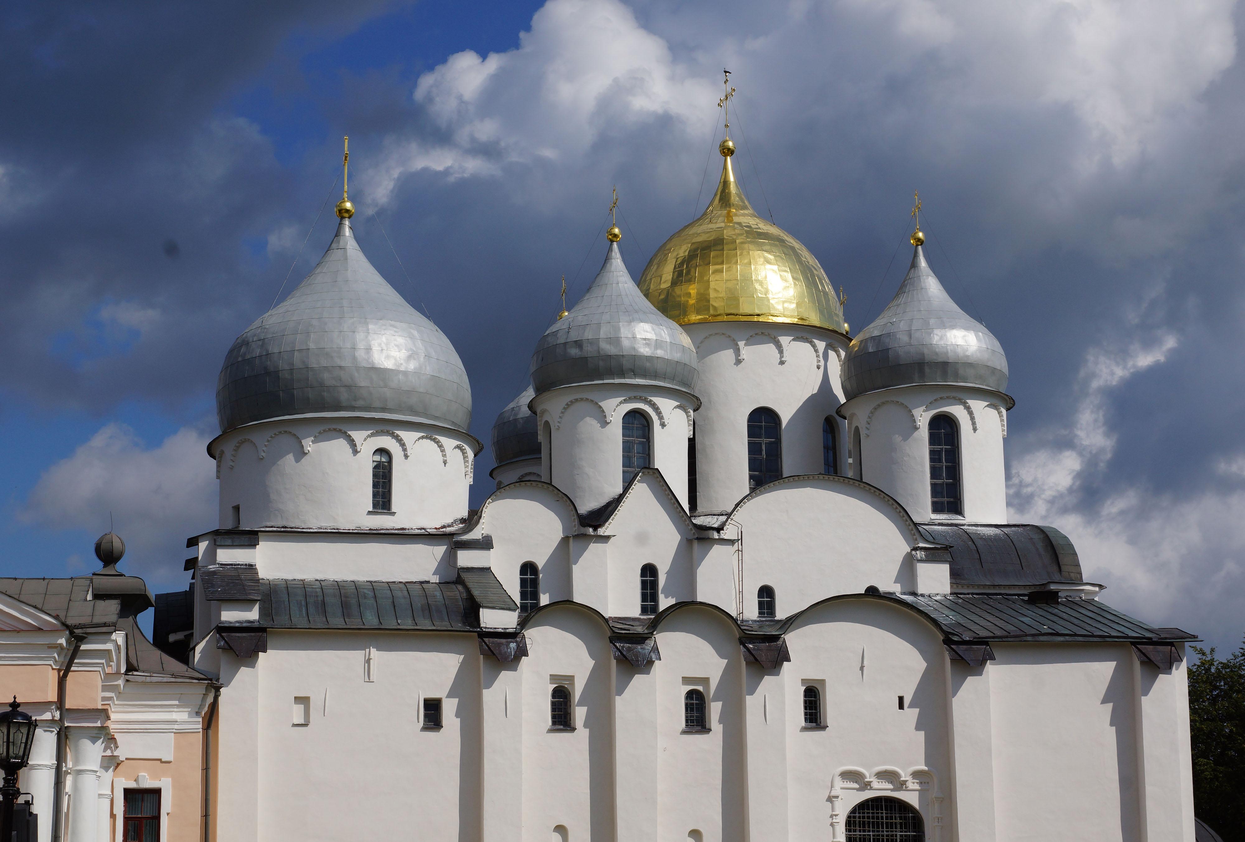 софийский собор в новгороде великом фото стильное, современное платье